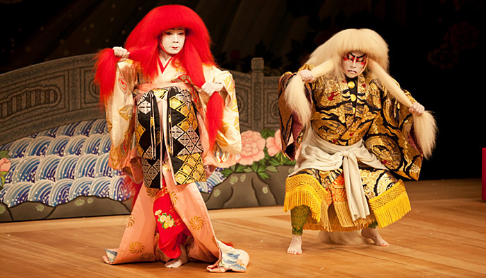 Your Guide to Japanese Theater